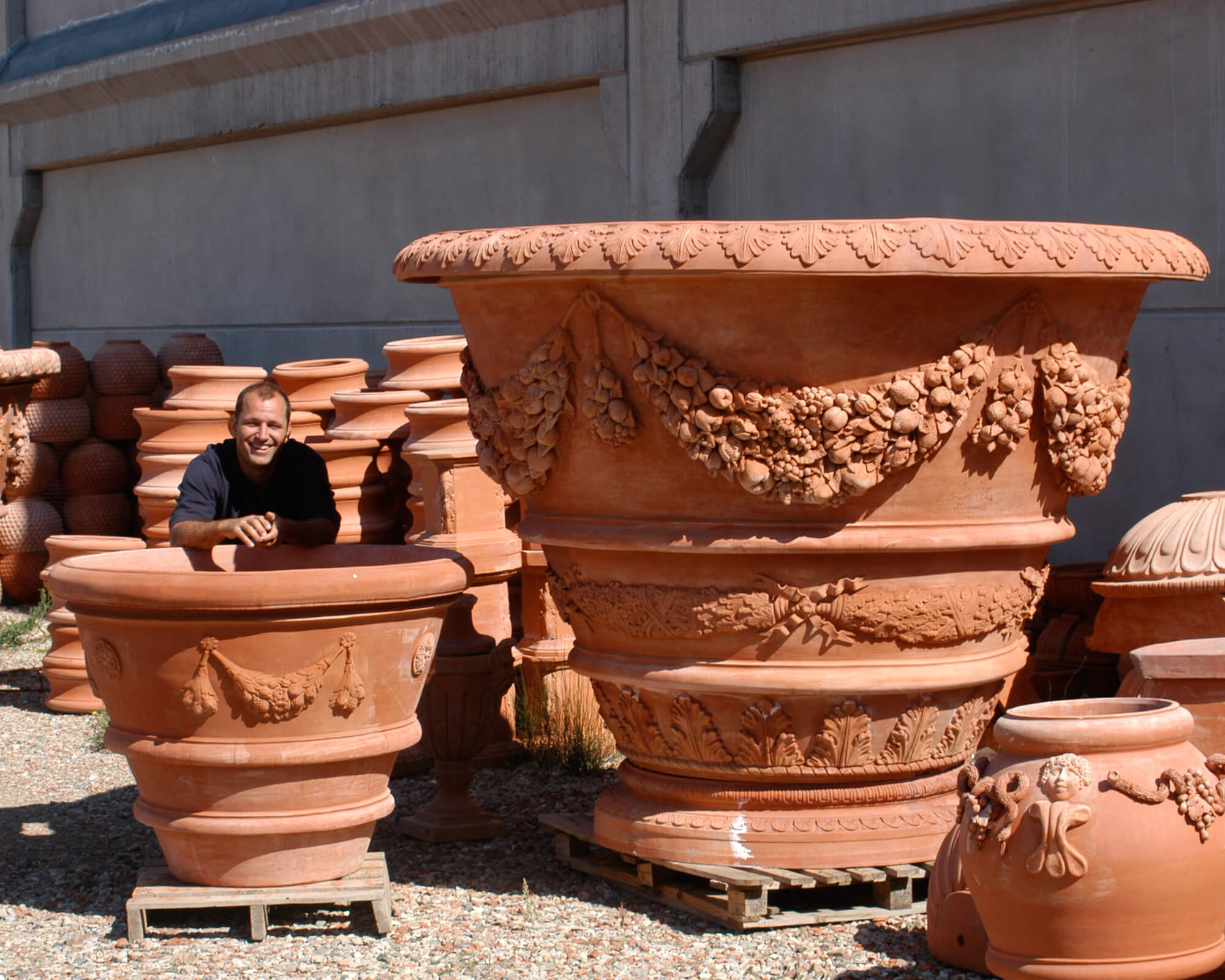 Top Tips for Cleaning Your Terracotta Garden Pots